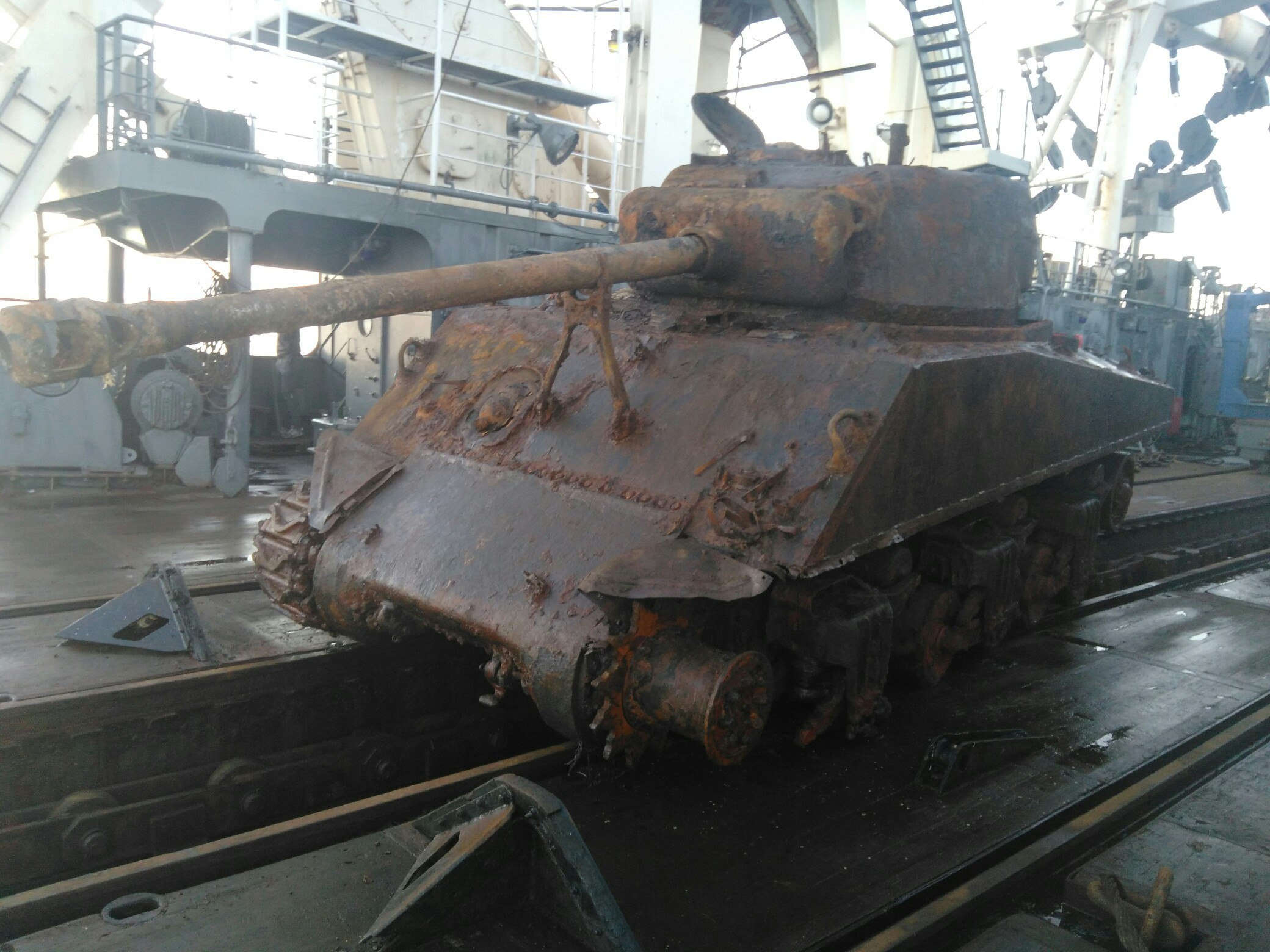 #32 Sunken Shermans: Shermans That The Nazis Sent To The ... Sunken Tank
