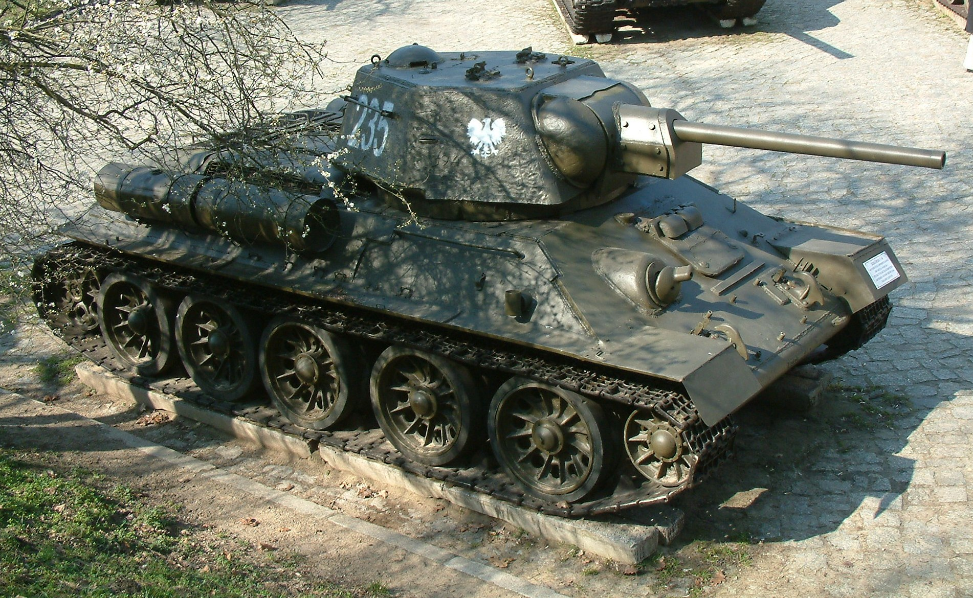 T-34-76_RB8