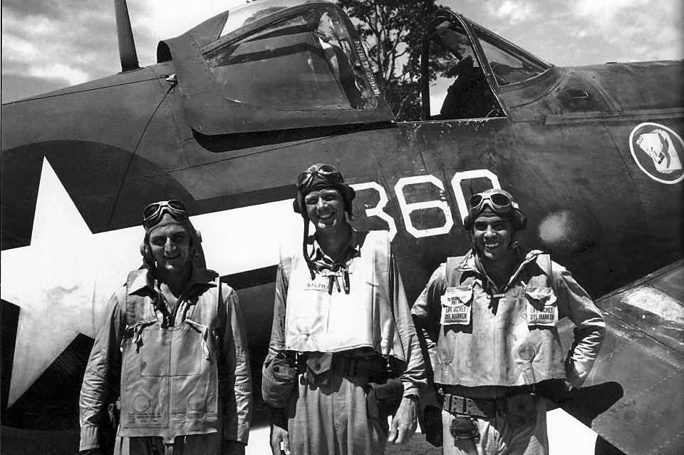 Charles_Lindbergh_by_VMF-115_F4U_Corsair