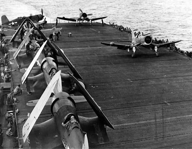 F4U_Corsairs_from_VMFN-532_USS_Windham_B