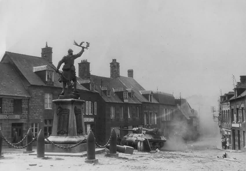 M10_Wolverine_Givenchy-En-Gohelle_Calais_1944