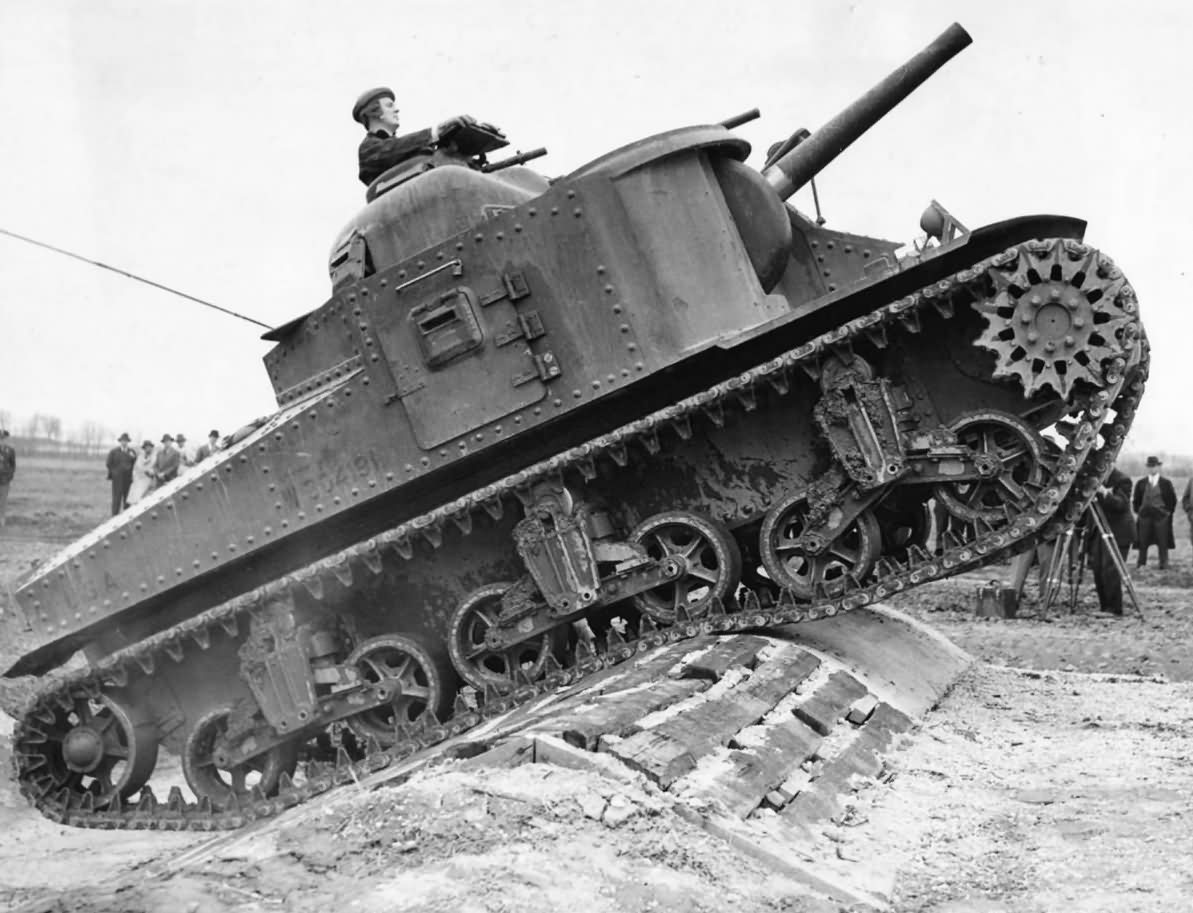M3_Lee_Medium_Tank_Prototype_At_Aberdeen_Proving_Ground