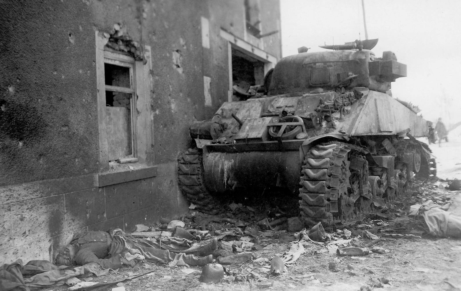 M4_Sherman_6AD_Belgium_1945