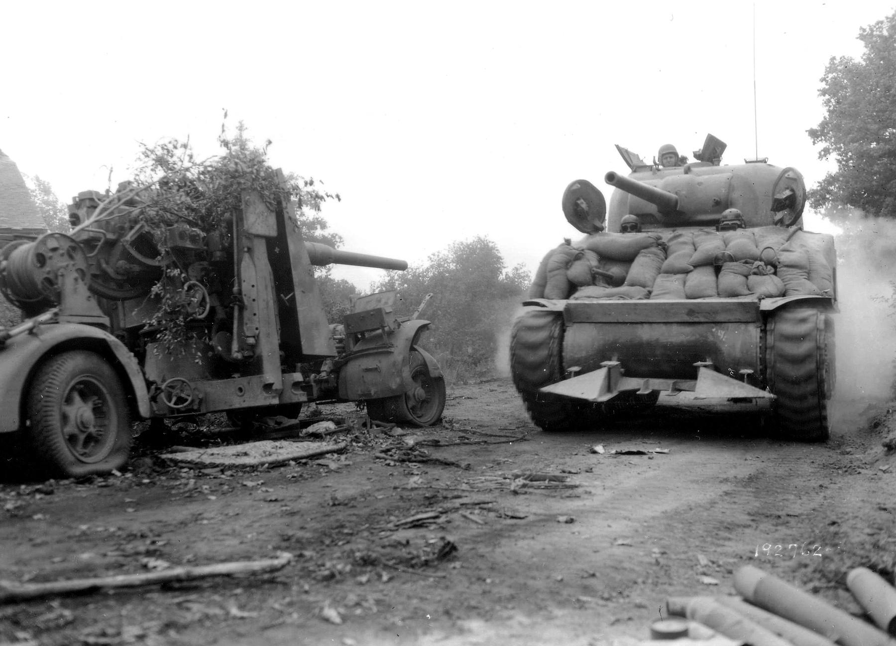 M4_Sherman_88Flak_36