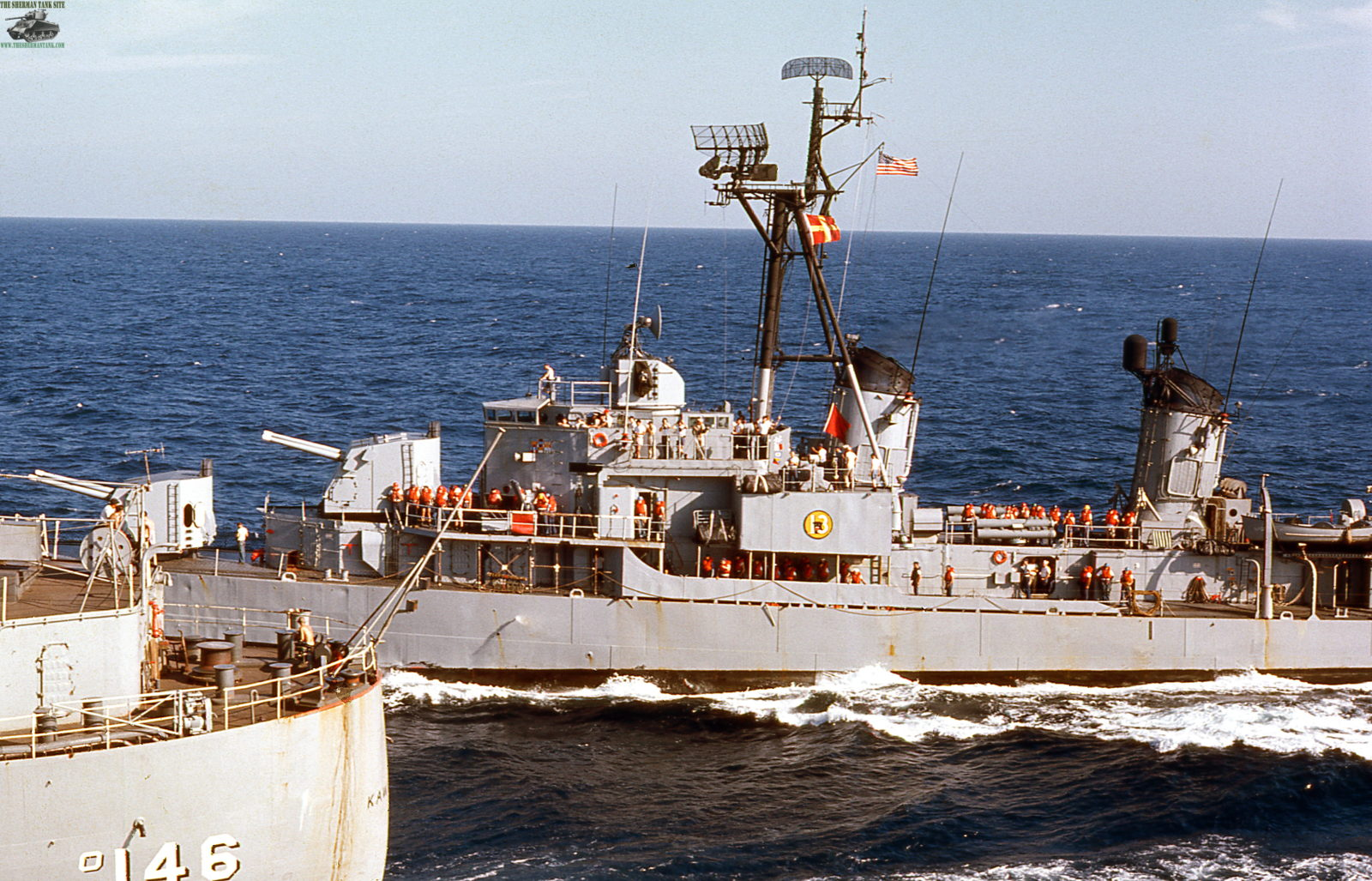 Old-Navy-PicsII130-USS-America-World-Cru