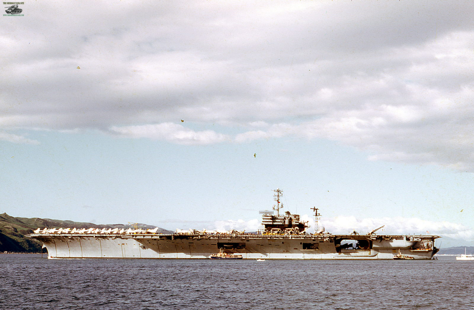 Old-Navy-PicsII139-USS-America-World-Cru