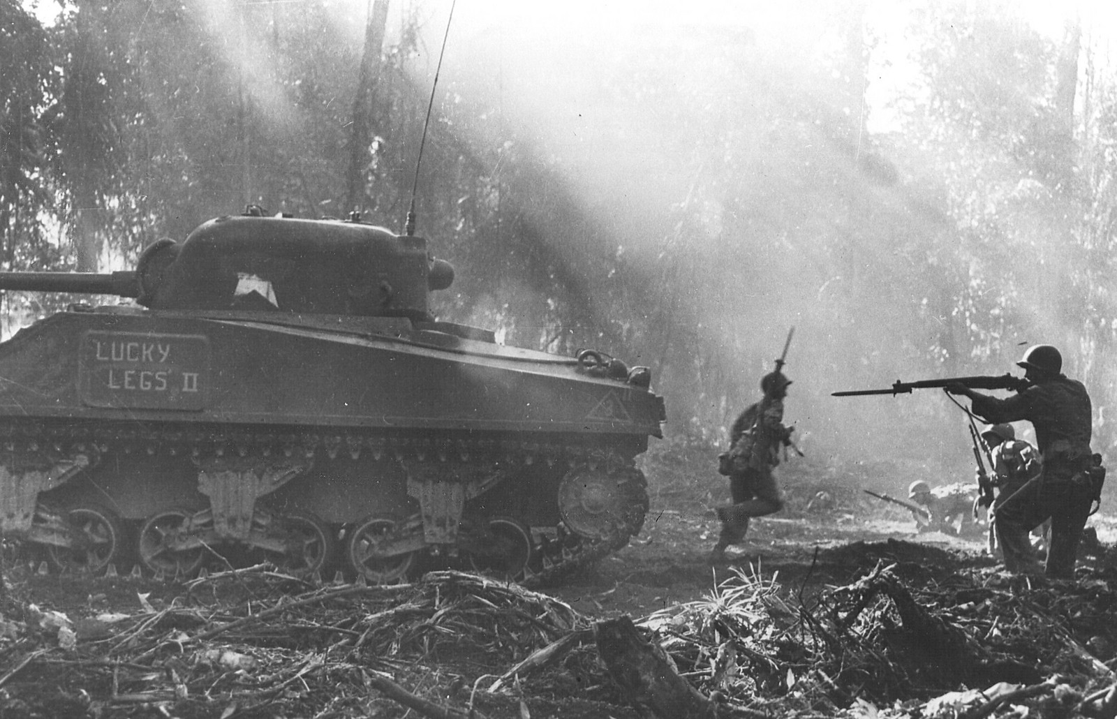 Tank-inf at Bougainville MAR44-X3