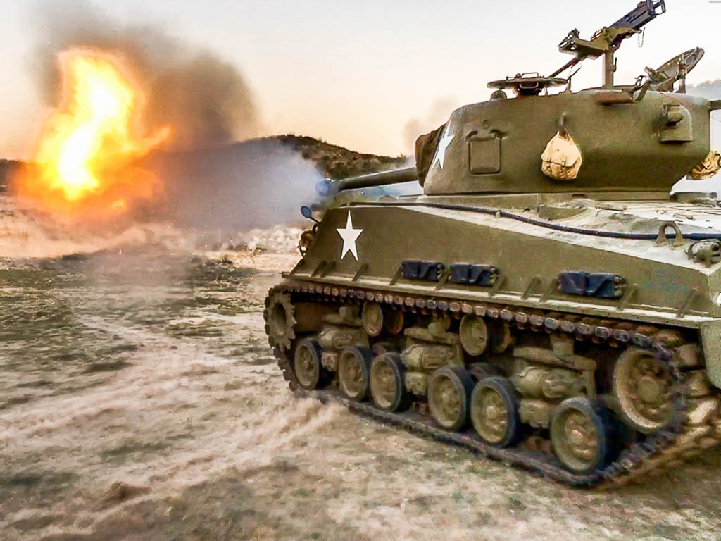 sherman-tank-firing