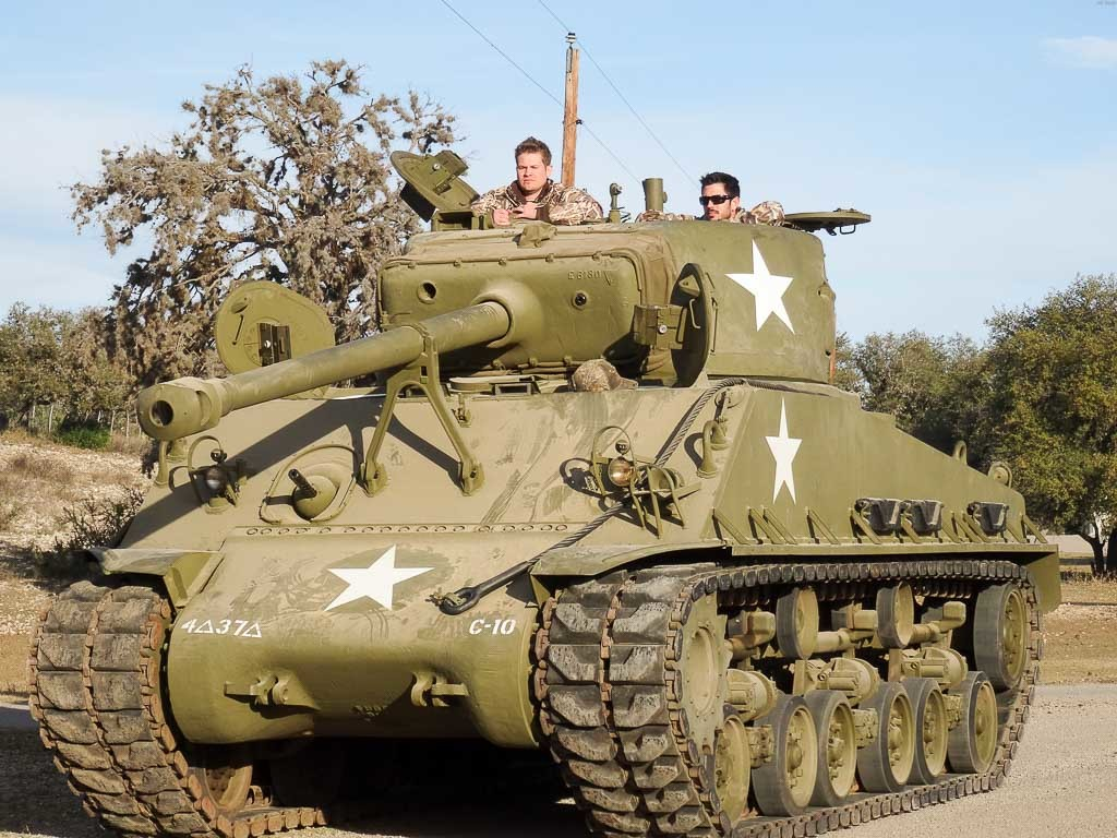 tank-driving-sherman-1024x768